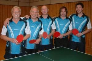 die erfolgreiche 2. Mannschaft mit (von links) Dieter Barobek, Karlheinz Babinsky, Hans Hümmer, Martin Geißler,Sebastian Heim