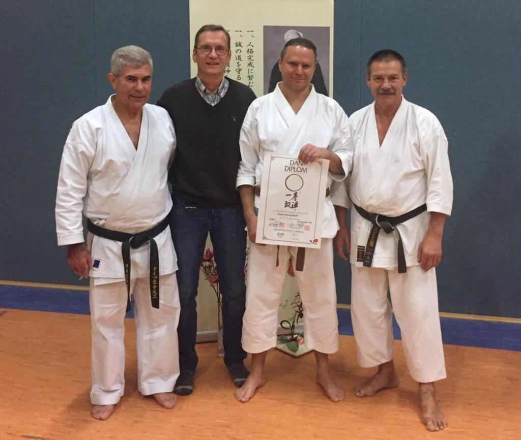 Karate-Schwarzgurtprüfung-2018-Erfurt